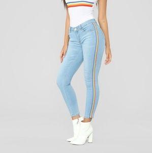 Size 9 Fashion Nova Over the Rainbow skinny Jeans